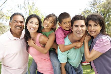 आध्यात्मिक उन्नति में परिवार का महत्व