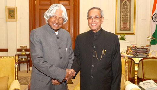 राष्ट्रपति ने कर्नाटक में अपने कार्यक्रम रद्द किए, दिल्ली लौट रहे हैं